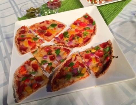 Healthy Veggie & Turkey Pepperoni Pita Pizzas