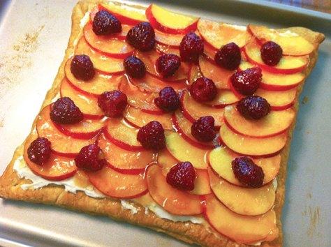 Peach-Raspberry Vanilla Almond Cream Tart