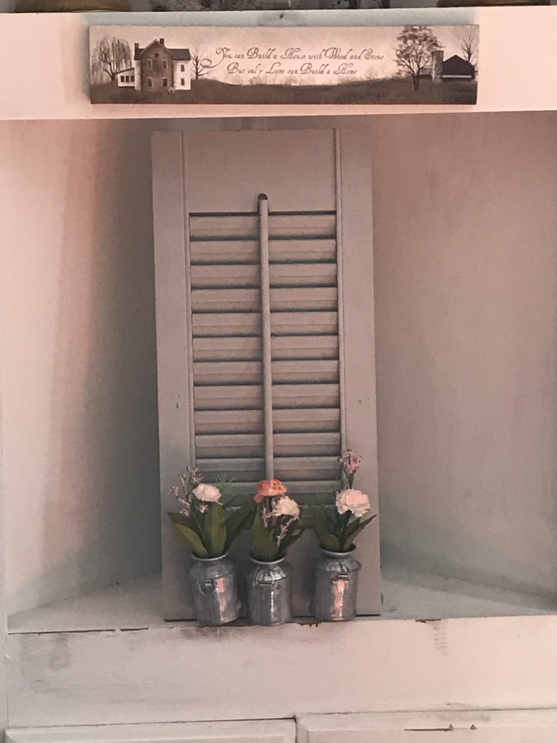 How to Create a Cute Farmhouse Shutter Wall Piece