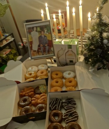 celebrating my (late) grandma Lucia's 1 year death anniversary and remembering lolo Floor as well. Loving the Tim Hurtons not-to-sweet donuts!