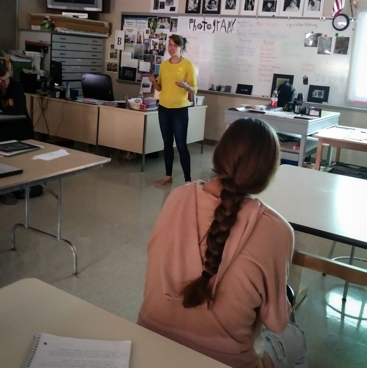Classroom Career Exploration in Conservation Photography in Enrichment Programs for Students