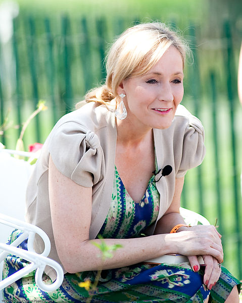 J.K. Rowling reads from Harry Potter and the Sorcerer's Stone at the Easter Egg Roll at White House