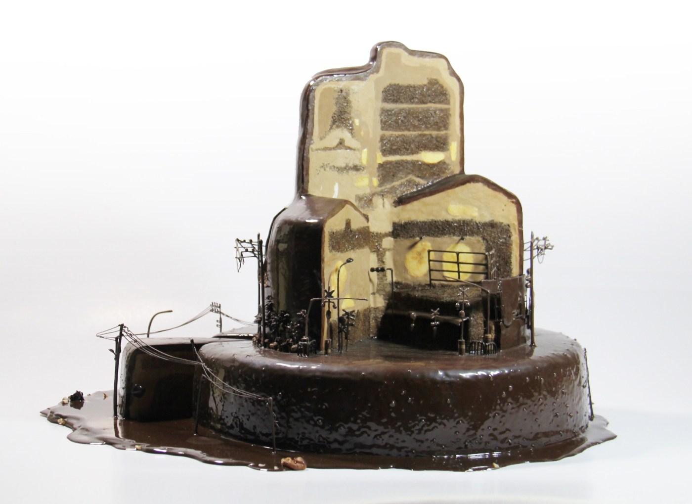 林玉婷 Lin Yu-Ting, 鐵道_三層蛋糕 Along the Railraod_Three Layer Cake.jpg -2.jpg