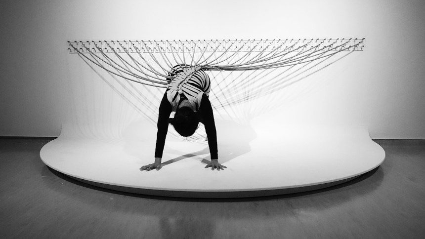 傅雅雯,《活著_2019版本》,多媒 體裝置,180cm x 360cm,2019, 藝術家提供。傅雅雯,《活著_2019版本》,多媒 體裝置,180cm x 360cm,2019, 藝術家提供。