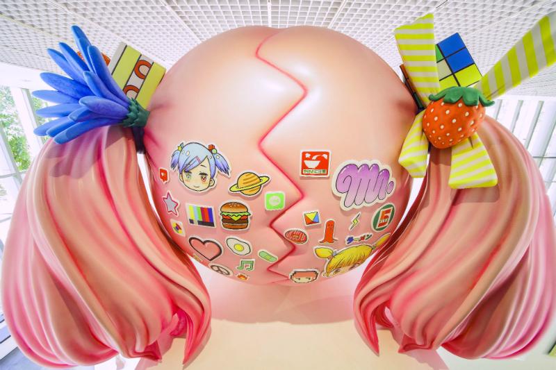 Mr. 作品「Hikari–A Cherry Blossom Path–」的背面(Photo Credit:北師美術館、Photography by 黃宏錡)