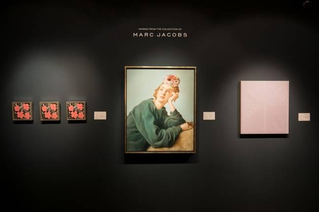 當代藝術晚拍及日拍帶來「MARC JACOBS當代藝術珍藏」,中間的作品為約翰 · 柯林(John Currin)的《懺悔者》。這位藝術家的作品將首度於亞洲上拍。