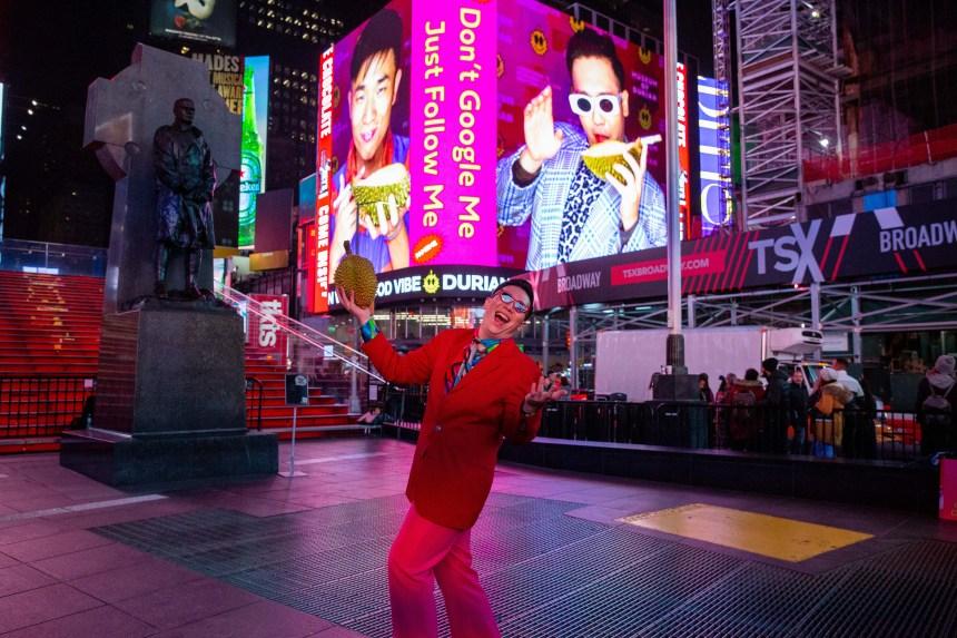 FAMEME―時報廣場表演 2019-Performa 19-Photo Credit: Eian Kantor