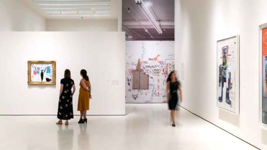 installation-srgm-basquiat-defacement-2019-ph-15-2480x1395