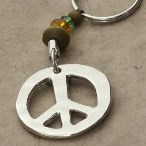 natural-life-peace-sign-token-keychain