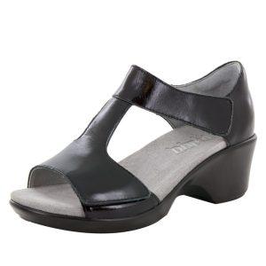 alegria-shoes-riki-yaz