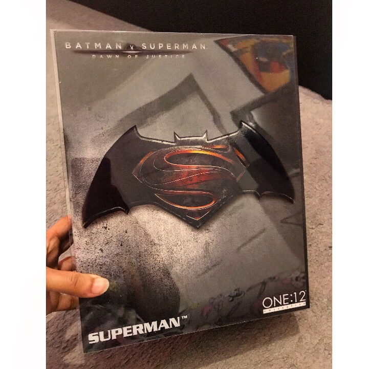 Mezco Toyz Batman V Superman Figurine
