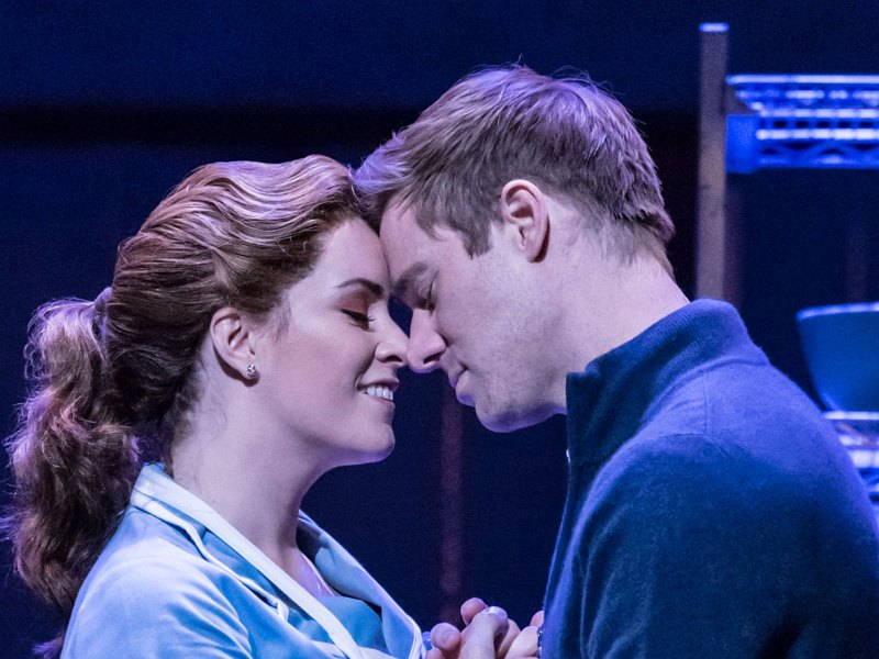 DAVID HUNTER ANNOUNCES BREAK FROM WAITRESS