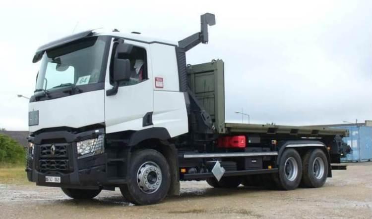 Renault Trucks C 380 P 6x4 pour les régiments du Train