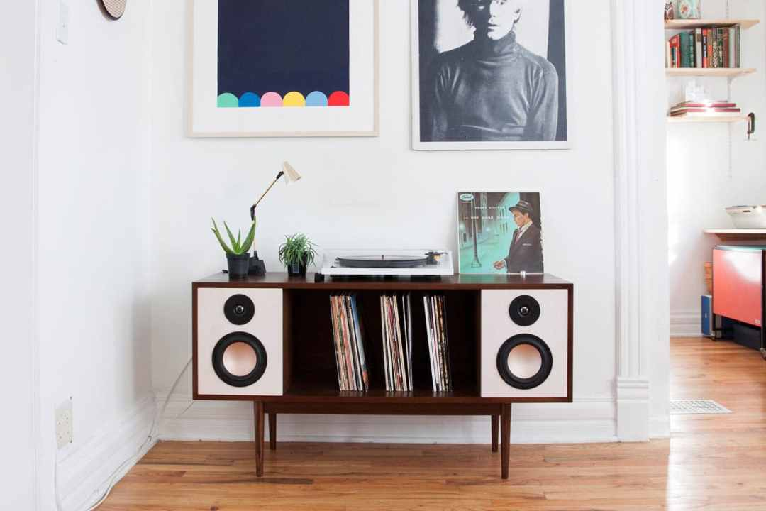 Modern-HiFi-Stereo-Console-Department-Chicago-1