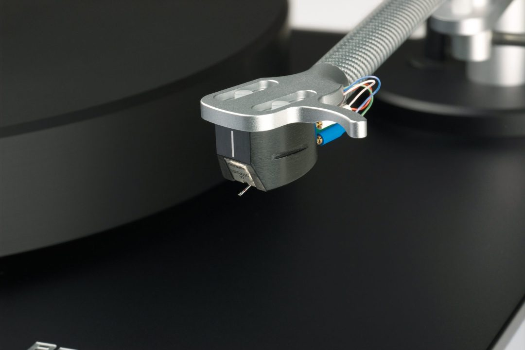 Performance DC From Clearaudio: Float On