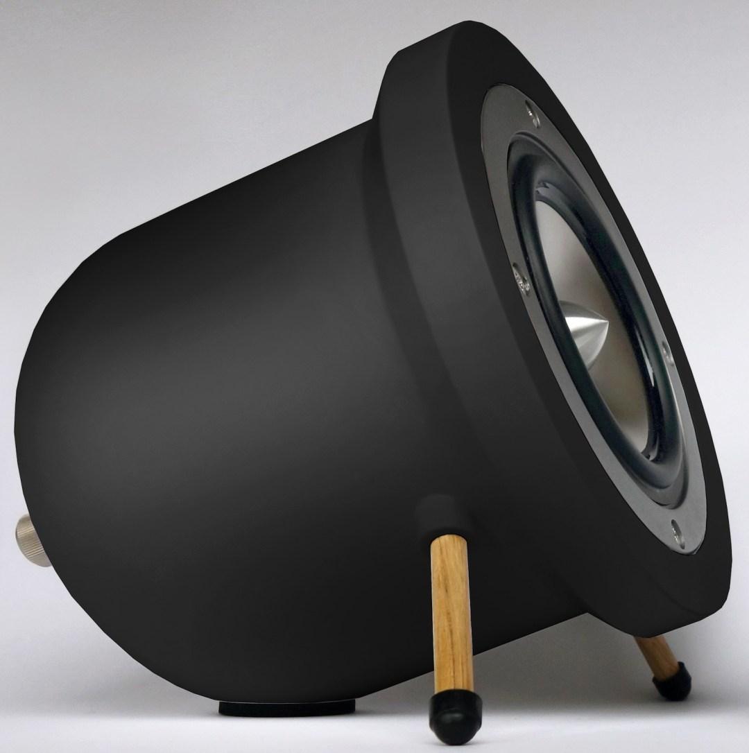Degas Audio D1 Speaker: Using full-range titanium drivers