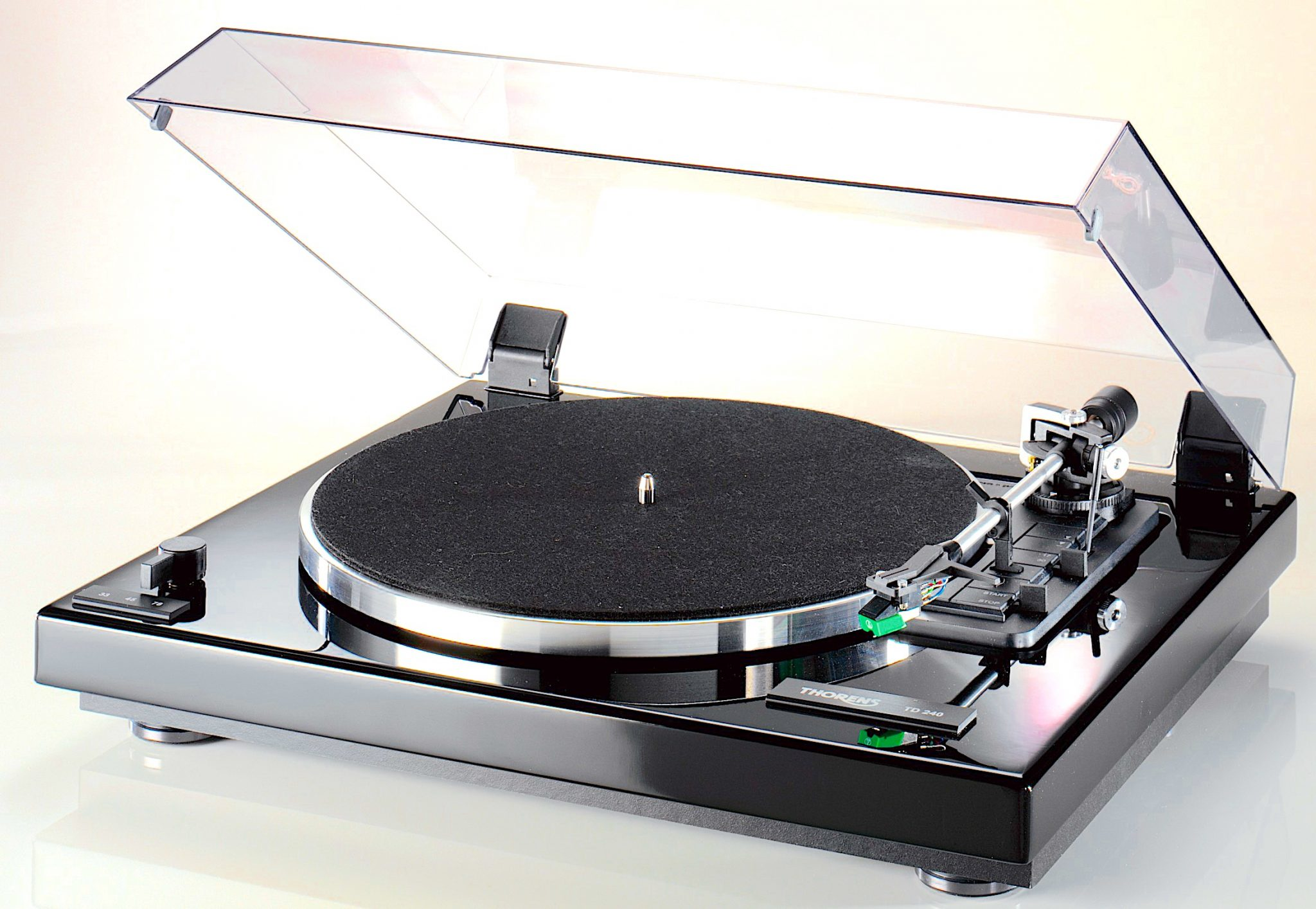 TD 240-2 From Thorens: Automatic Play - The Audiophile Man