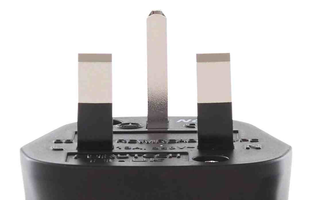 FI-UK (S) power connector From Furutech