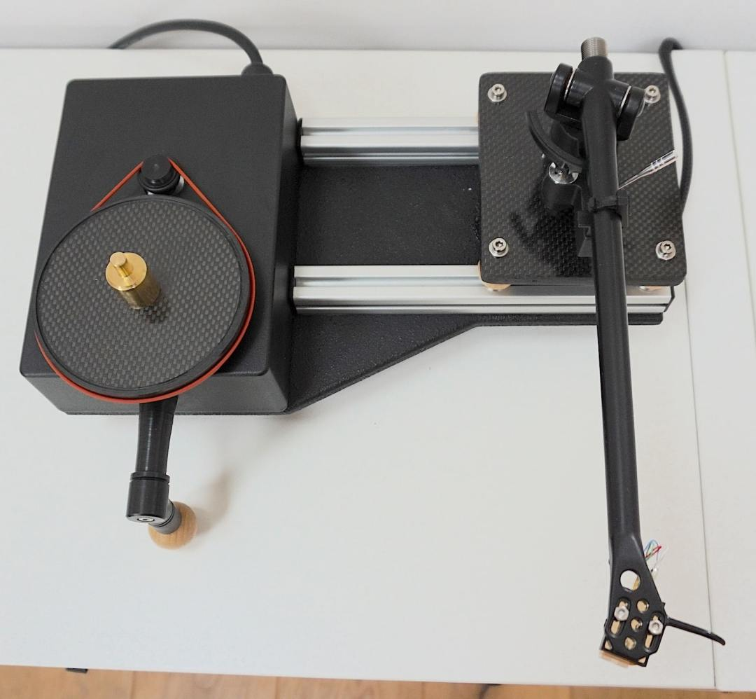 Prima Turntable From iota