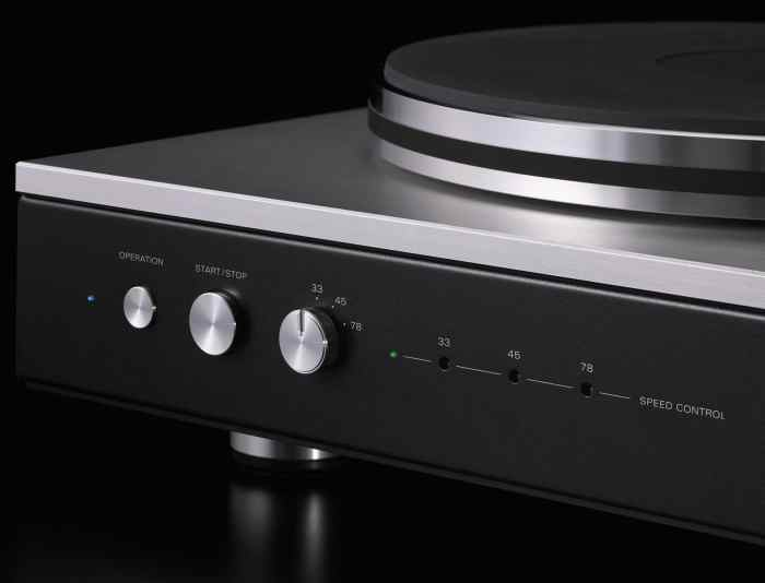 PD-151: Turntable by Luxman…Arm by Jelco