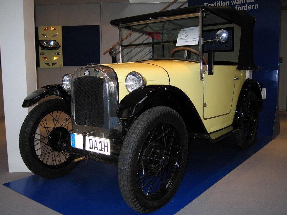 BMW Dixi 3/15 — первый автомобиль компании BMW