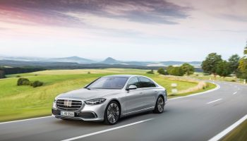 Mercedes-Benz launches a new S-Class
