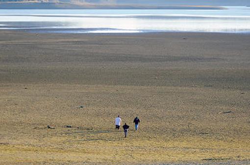 (Lake Mendocino, Dec. 2013 (Courtesy, the Ukiah Daily Journal)
