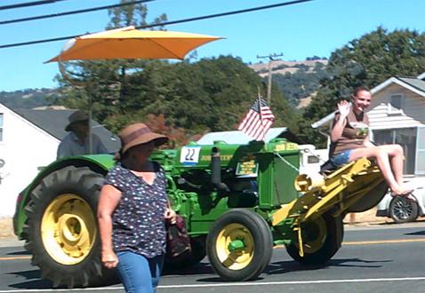 4-tractorgirl