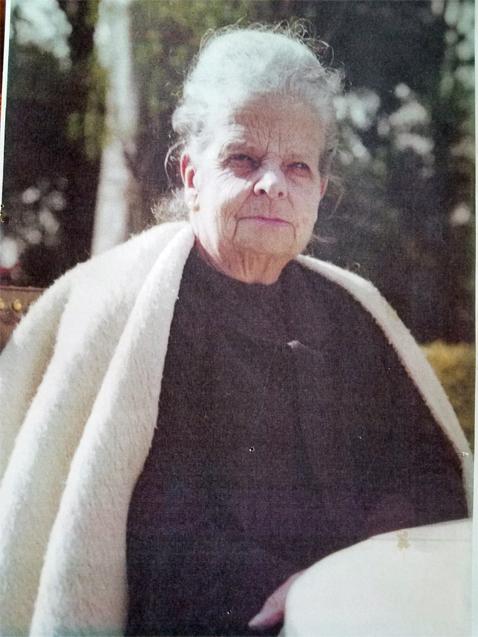 Susie de Castro's Grandma with ruana