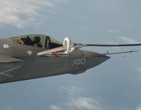 F-35C refuel