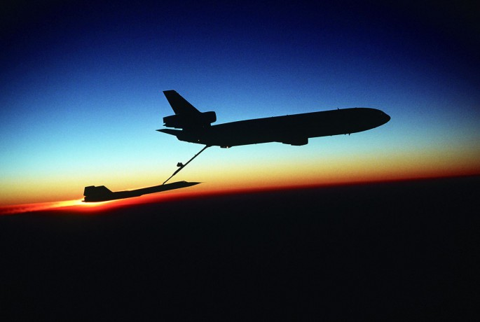 SR-71 refuel