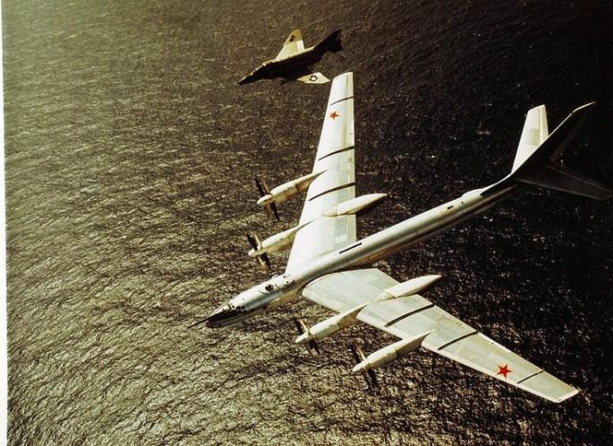 F-4 escort of Tu-95