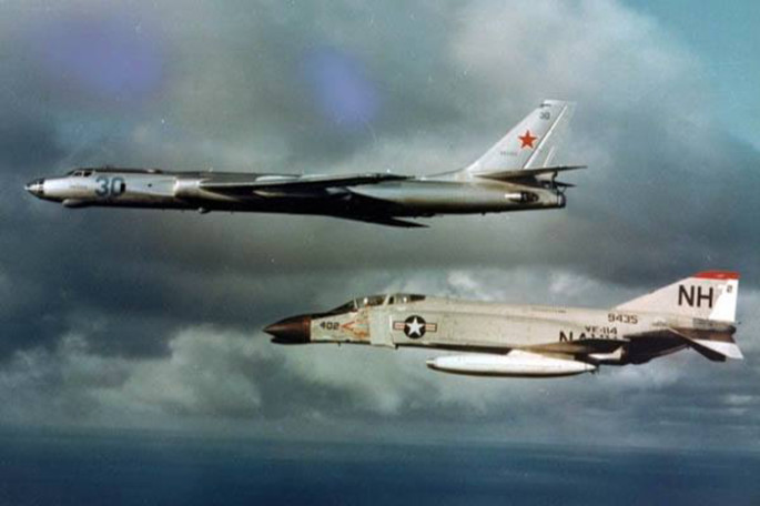 F-4 Phantom II intercept