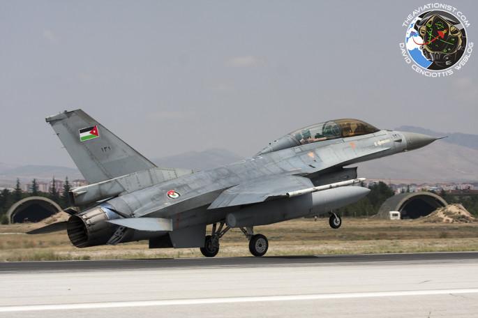 RJAF F-16