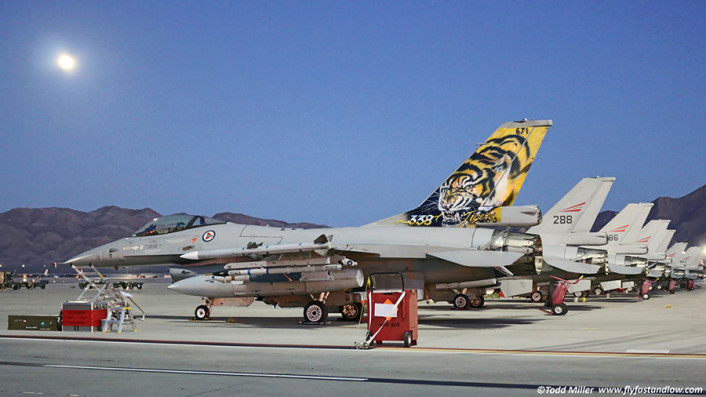 RF RNoAF F-16s
