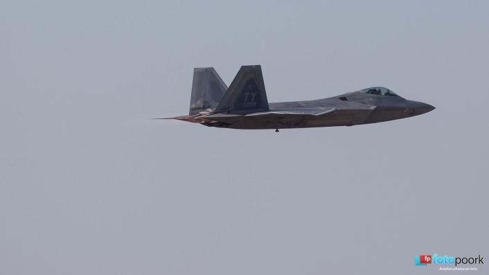 F-22s in Poland_02