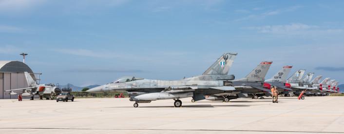 F-16s apron