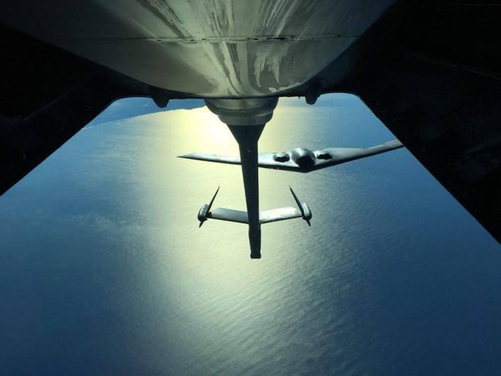 B-2 Travis refueling