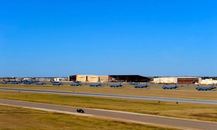 KC-135 Elephant walk 3