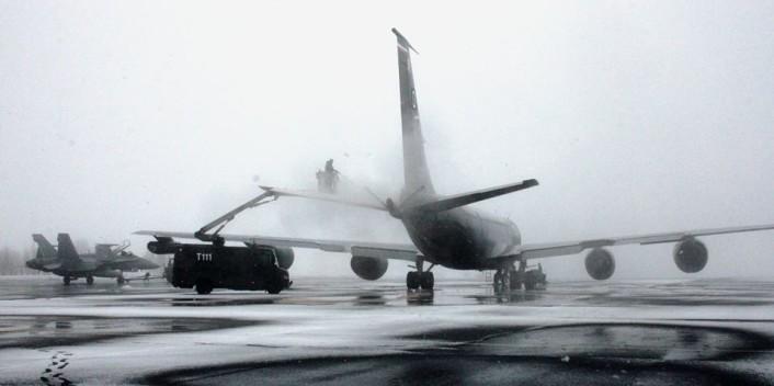 KC-135 deincing