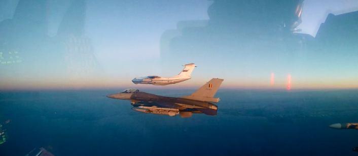 Il-76 + F-16