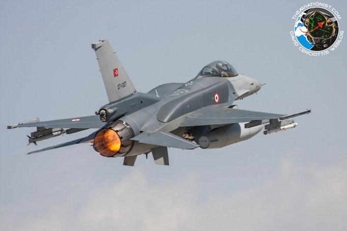 TuAF F-16-take-off