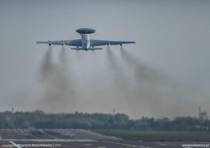 nato-e-3-takeoff