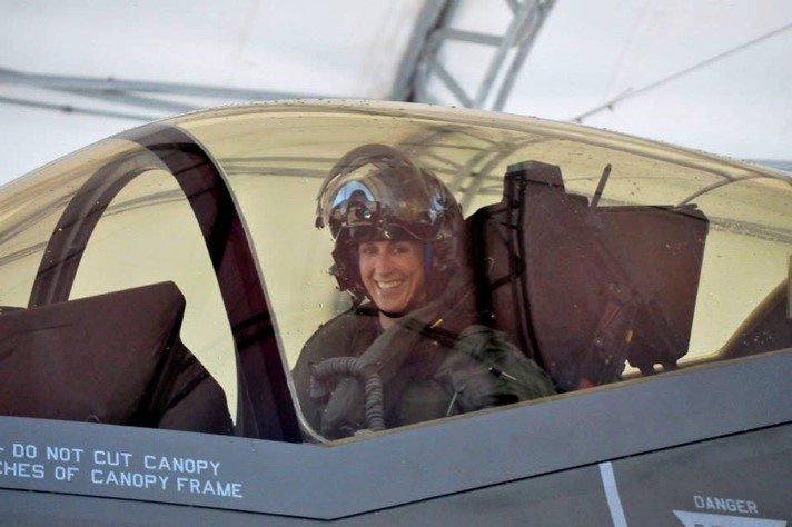 Meet The First Female F 35 Pilot The Aviationist