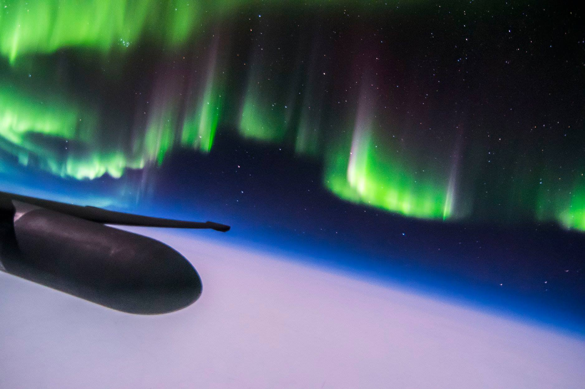 U-2-Northern-Lights-3.jpg?ssl=1