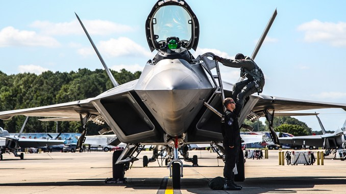 F-22 Raptor Demo Pilot Returns Home to Shred the Skies at