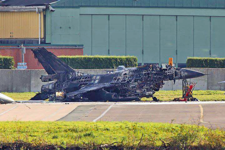 F-16 Completely Destroyed By Another F-16 After Mechanic Accidentally Fires Cannon On The Ground In Belgium