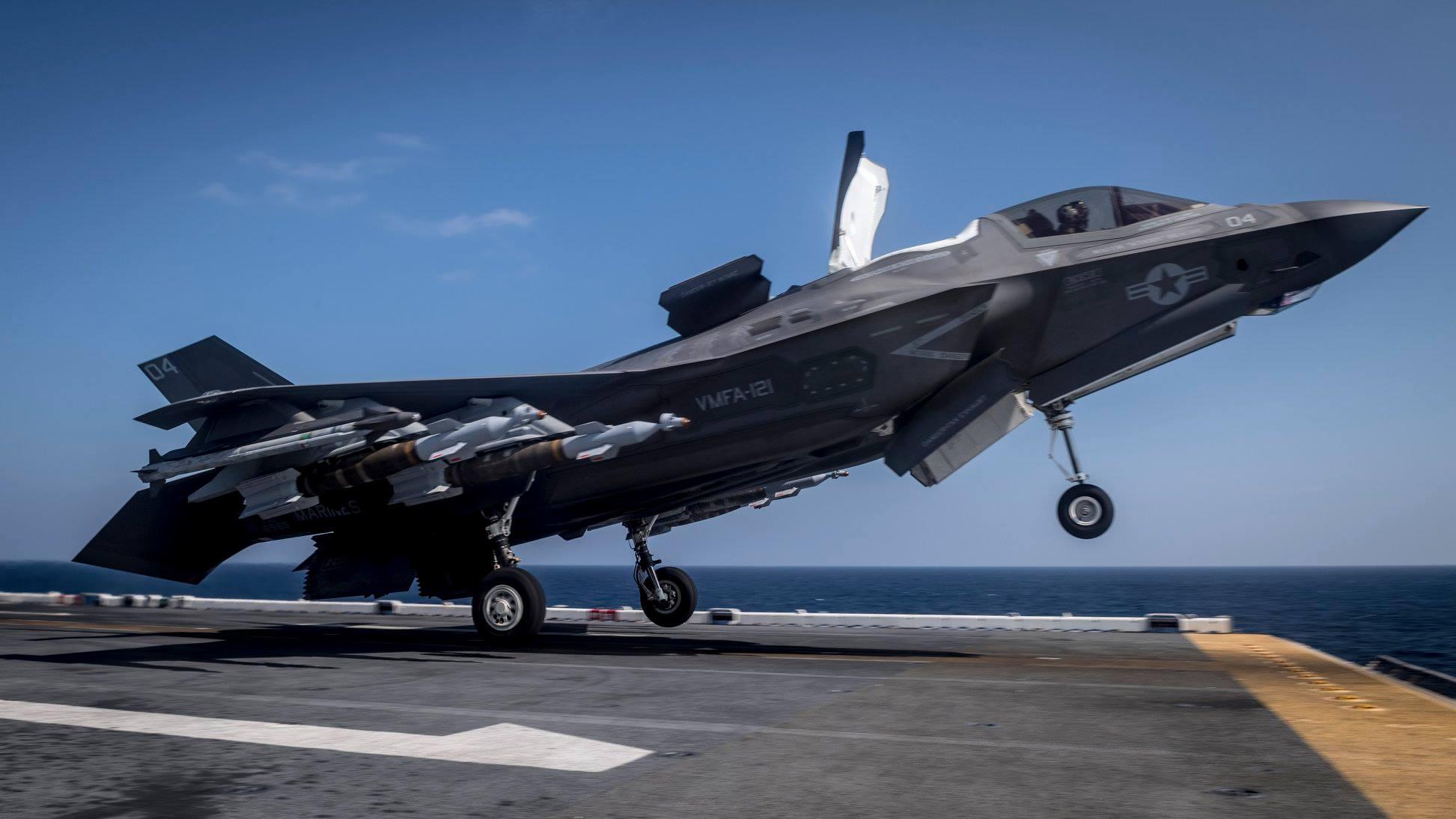 【F35B艦載】いずも型護衛艦163番艦【ヘリ空母】 YouTube動画>2本 ->画像>23枚