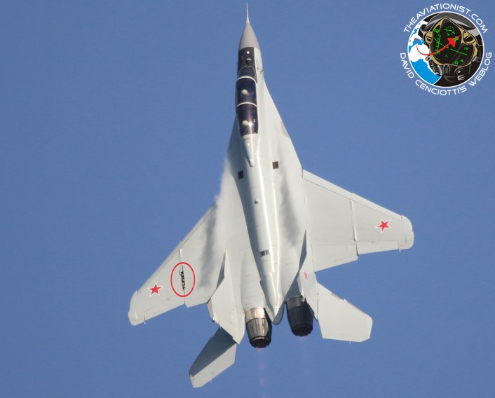 Russian MiG-35D Loses Wing Panel During Flight Demo at MAKS