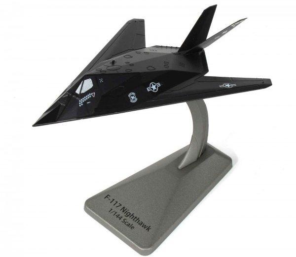 lockheed f 117 nighthawk e1591202015580 - Watch Two F-117 Nighthawk Stealth Jets Launch From MCAS Miramar Yesterday Afternoon